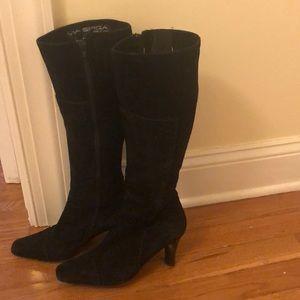 """6M Black Soft Suede VIA SPIGA  2.5"""" heels"""